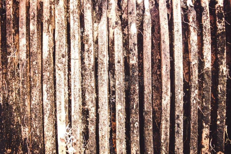 Vieille pile rustique de tuiles de toit photos libres de droits