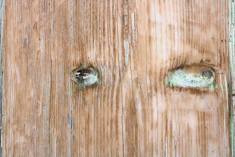 Vieille planche en bois avec la couche superficielle par les agents de peinture photographie stock