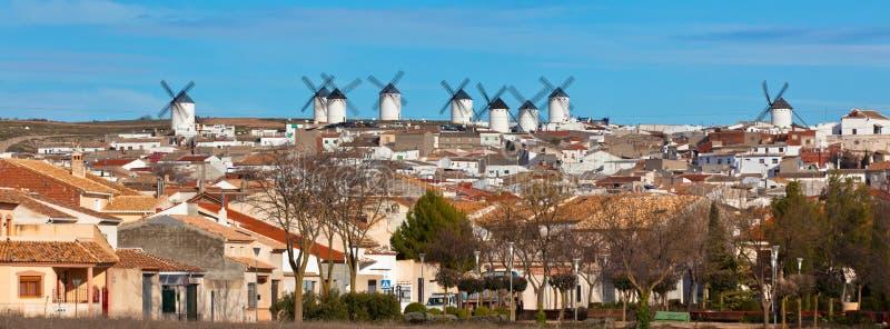 Vieille position espagnole de moulins à vent, Campo de Criptana images stock
