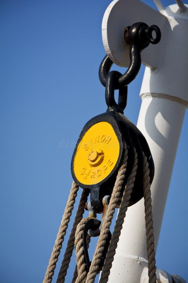 Vieille poulie de bateau photos libres de droits
