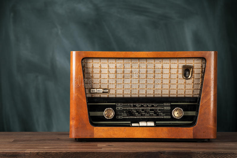 Vieille rétro radio images stock