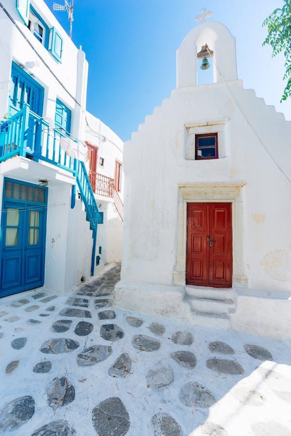 Vieille rue de ville de Mykonos photos stock