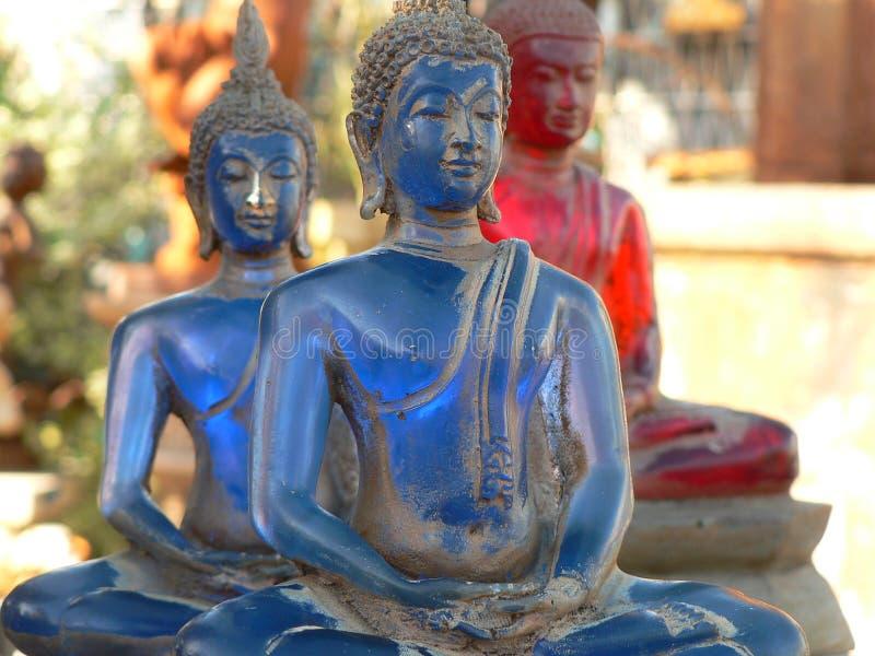 Vieille statue bouddhiste bleue photographie stock libre de droits
