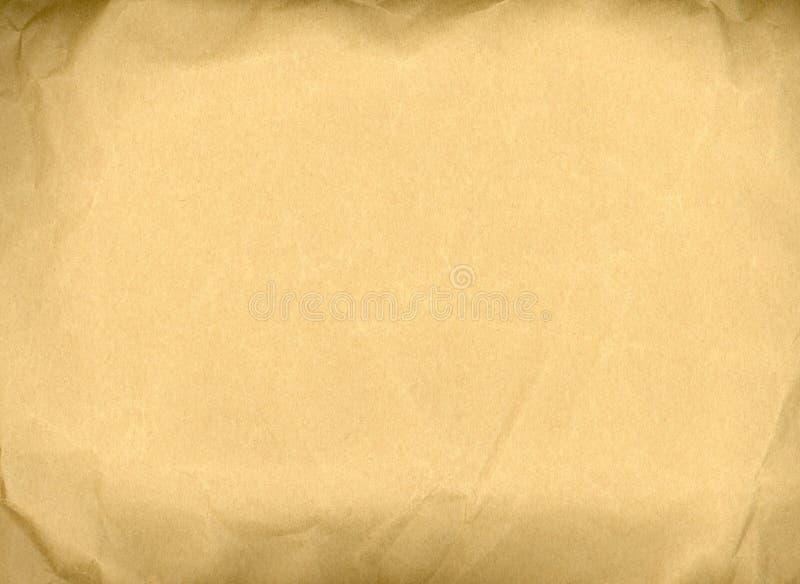 Vieille texture chiffonn?e de papier brun images stock
