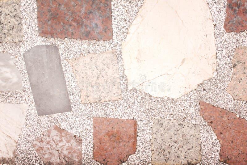 Vieille texture de plancher de sol de mosaïque avec les modèles de marbre multicolores colorés de feuille pour le fond photos stock
