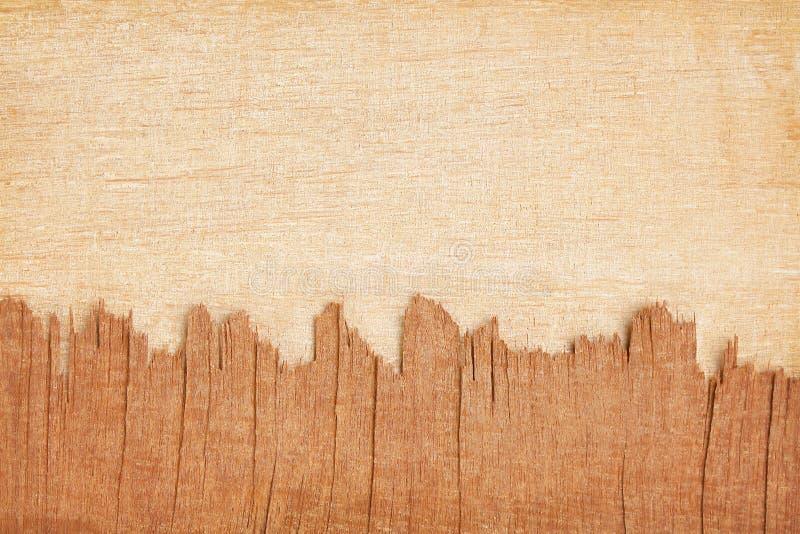Vieille texture foncée et modèles délabrés brun clair de contreplaqué abstraits pour l'espace de fond et de copie images libres de droits