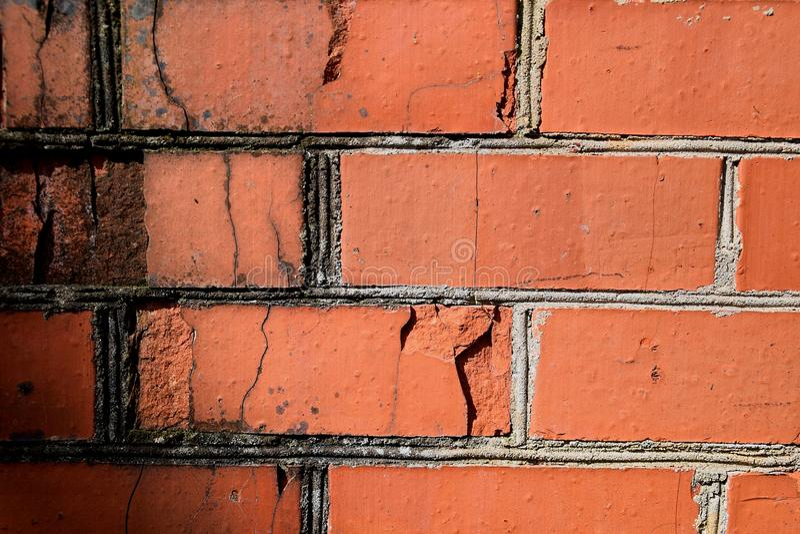 Vieille texture rouge détaillée de fond de mur de briques images libres de droits