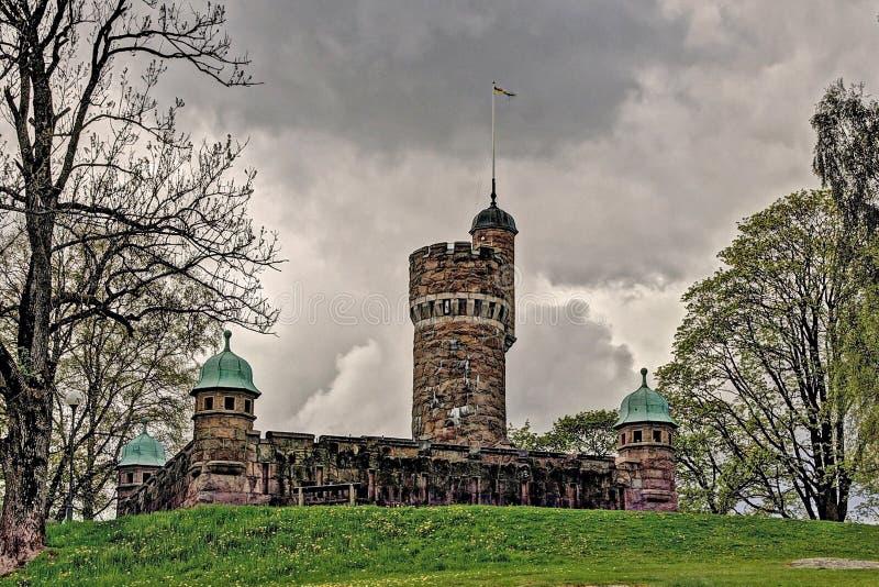 Vieille tour d'eau, Suède dans HDR image libre de droits