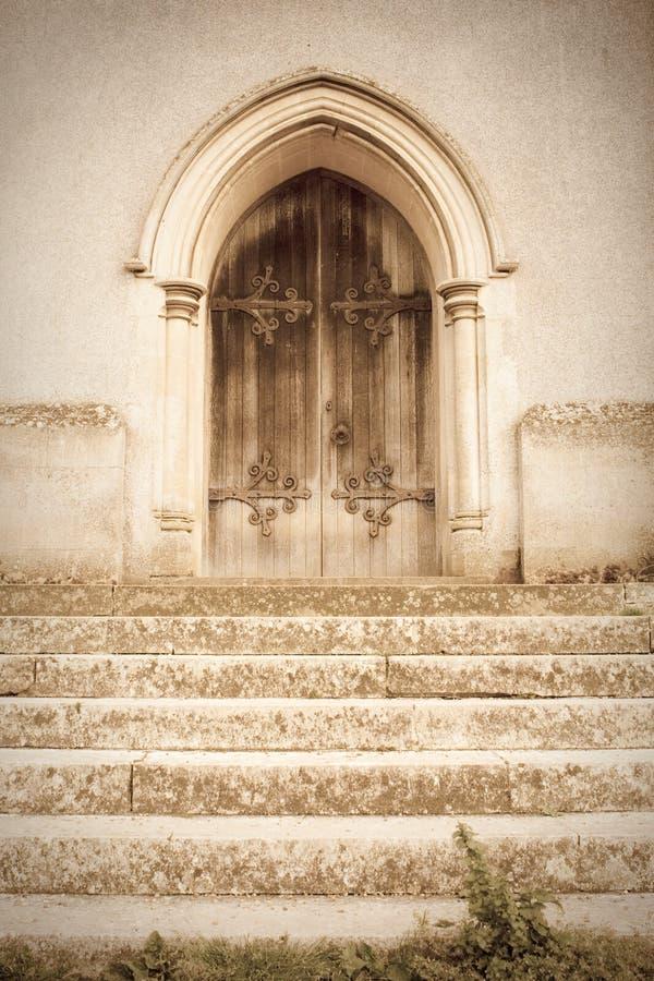 Vieille trappe d'église photographie stock libre de droits