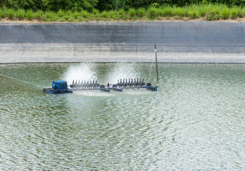 Vieille turbine de l'eau photos stock