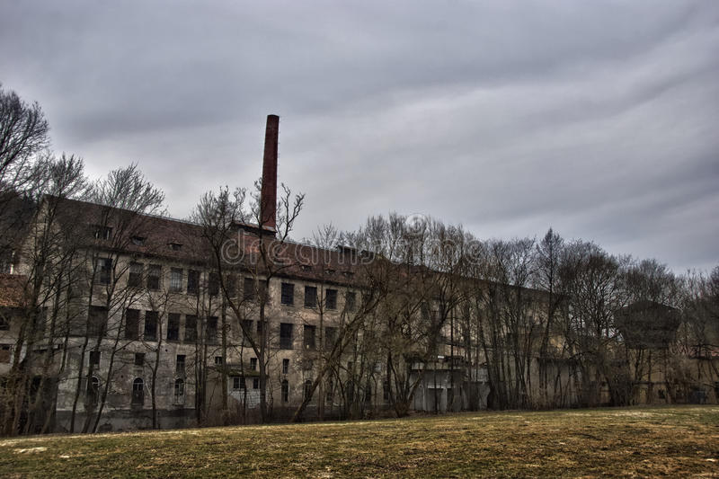 Vieille usine abandonnée images libres de droits
