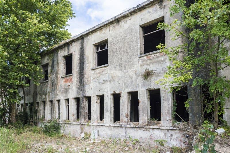 vieille usine abandonnée photographie stock libre de droits