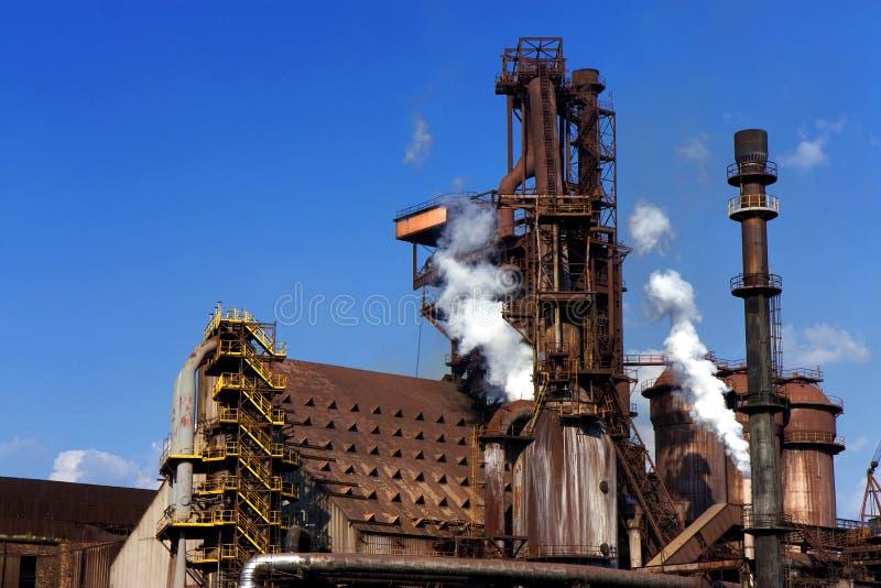 Vieille usine en acier images stock
