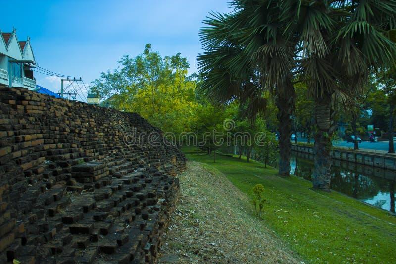 Vieille ville dans le chiangmai Thaïlande, vieux mur de coins photos libres de droits