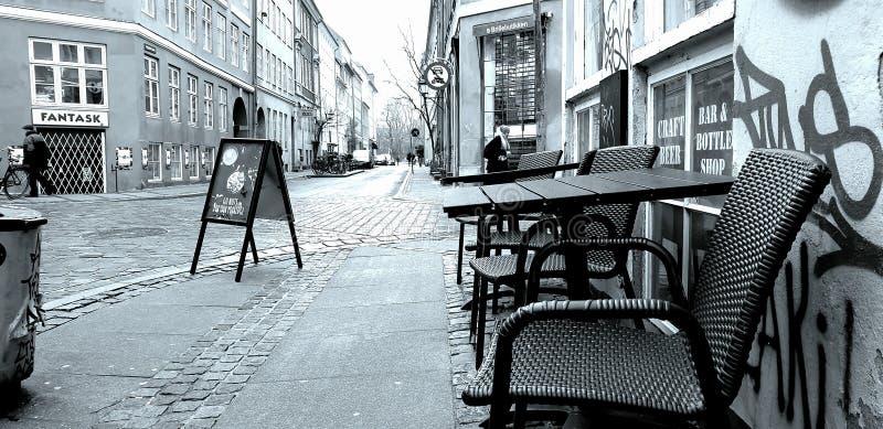 Vieille ville de Copenhague Peut détendre à la table illustration libre de droits