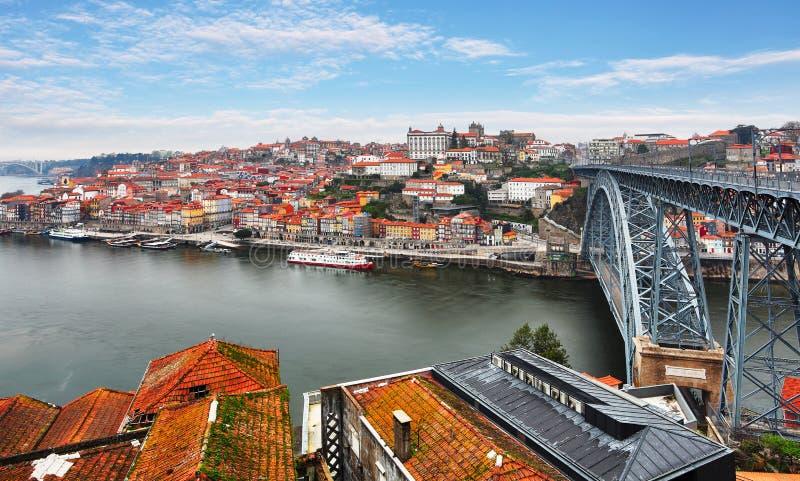 Vieille ville de Porto, Portugal sur la rivière de Douro Panorama de Porto image libre de droits