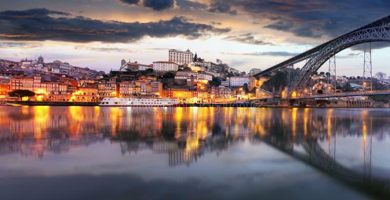 Vieille ville de Porto, Portugal sur la rivière de Douro Panorama de Porto photo libre de droits