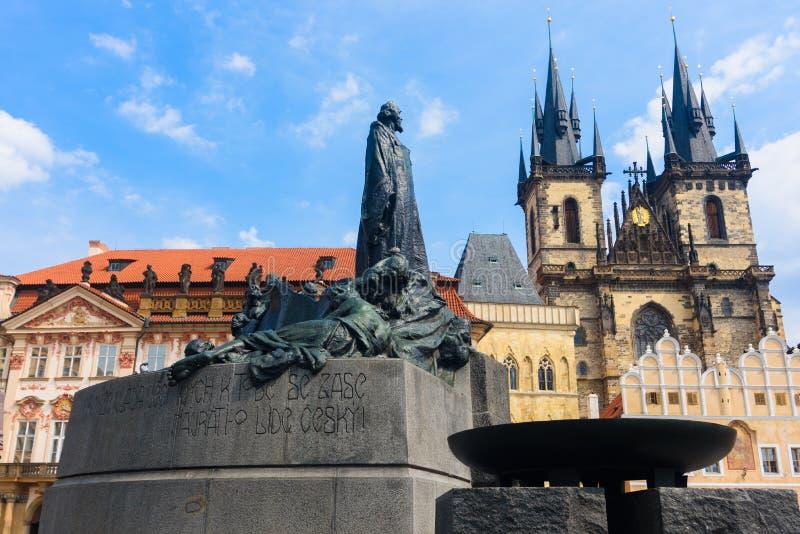 Download Vieille ville de Prague photo stock. Image du course - 87705824