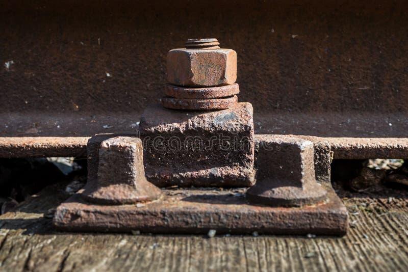 Vieille vis rouillée Chemin de fer rouillé Métal âgé photographie stock libre de droits