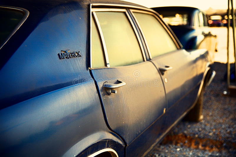 Vieille voiture américaine classique Ford Maverick images libres de droits