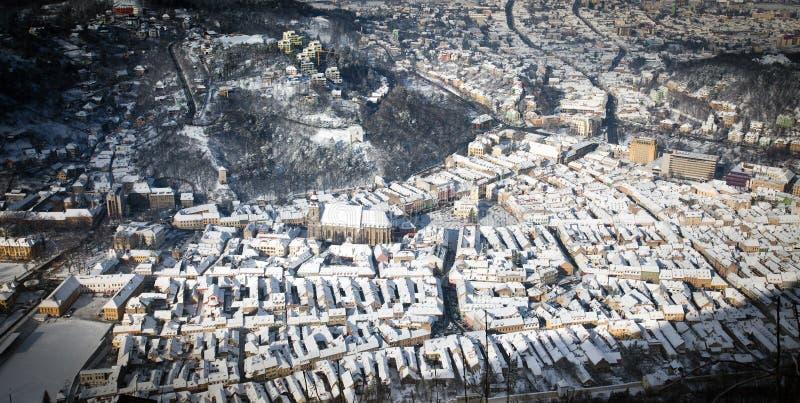 Vieille vue aérienne de centre de la ville de Brasov photo stock