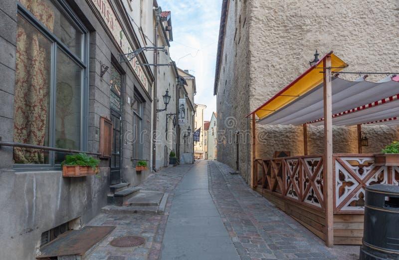Vieille vue de début de la matinée de ville de l'Estonie Tallinn photo stock
