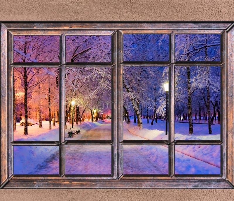 Vieille vue en bois de fenêtre photo stock