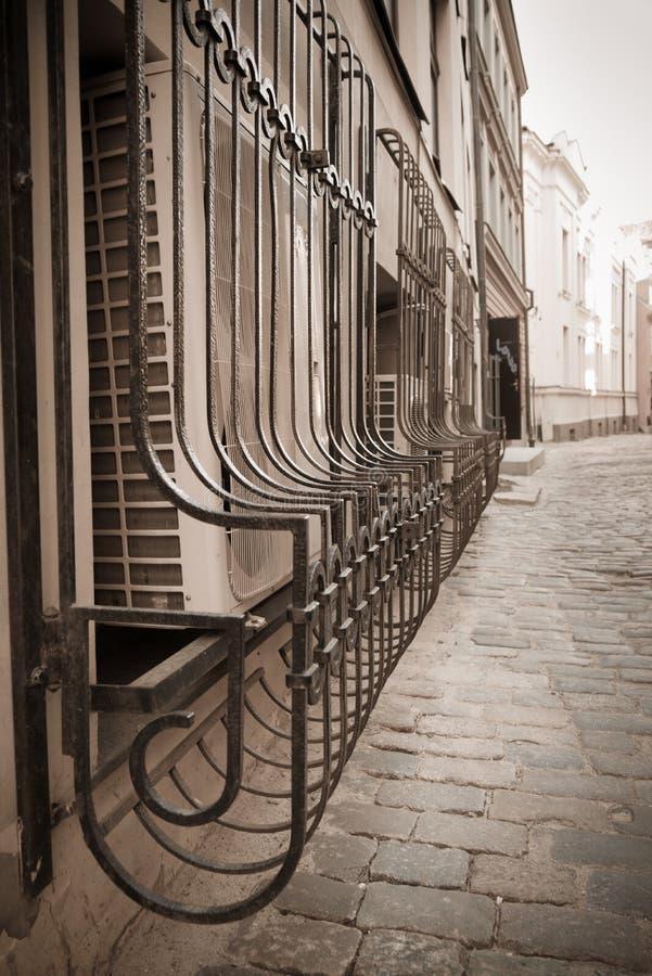 Vieilles balustrades de ville images libres de droits