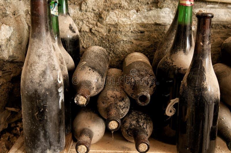 Vieilles bouteilles images stock