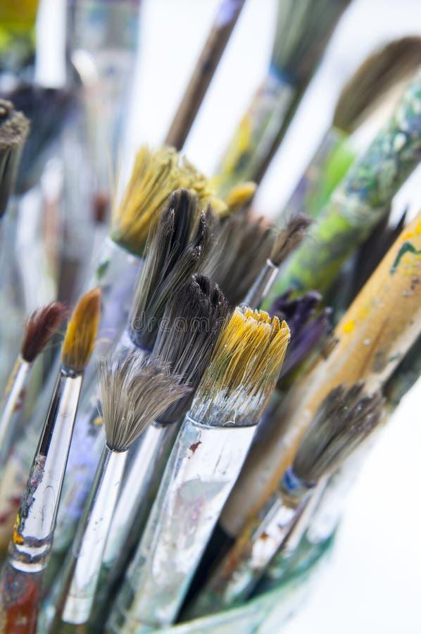 Vieilles brosses pour la peinture photos libres de droits