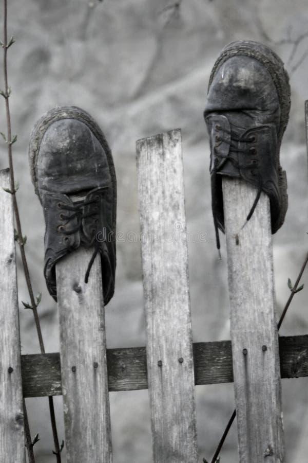 Vieilles chaussures photographie stock libre de droits