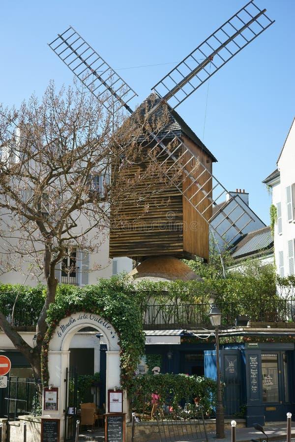 Vieilles Frances de Montmartre Paris de moulin à vent image stock
