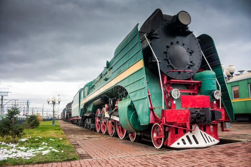 Vieilles locomotives à vapeur image stock