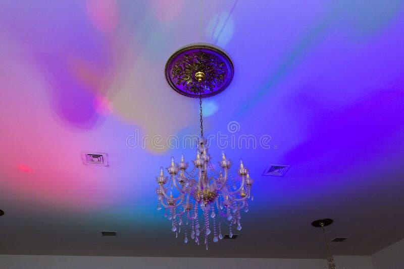 Vieilles lumières de candélabre et de partie image stock
