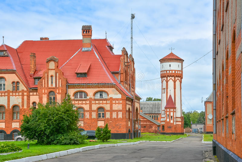 Vieilles maisons et tour d'eau allemandes en Prusse est photographie stock libre de droits