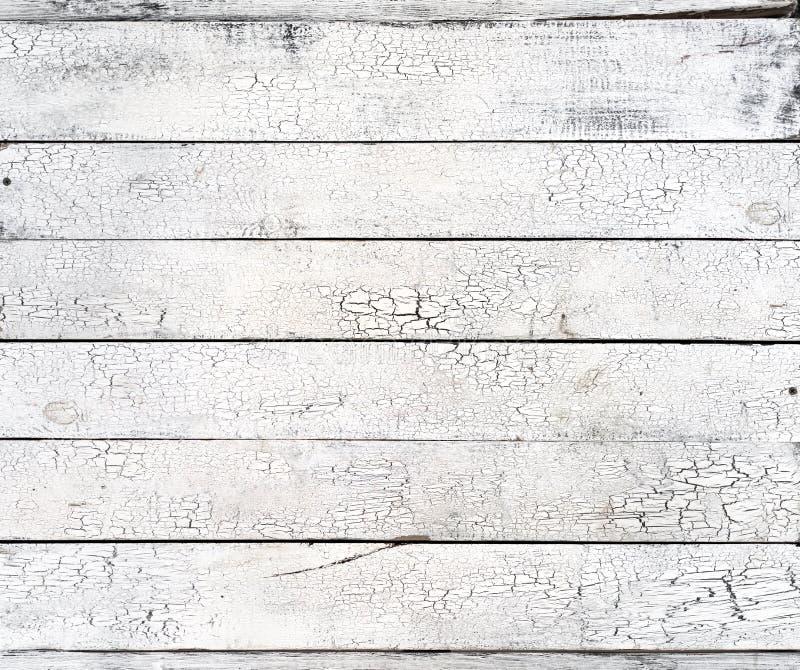 Vieilles planches superficielles par les agents minables en bois blanches avec la texture rustique de peinture criquée image stock