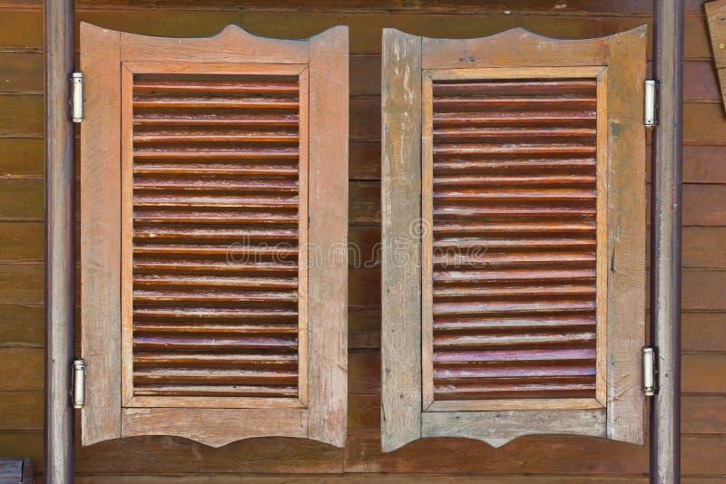 Vieilles portes de oscillation occidentales de salle images libres de droits