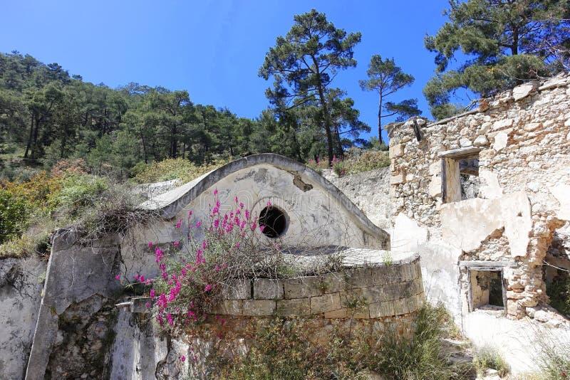Vieilles ruines d'un monastère image libre de droits