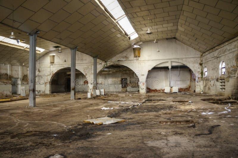 Vieilles ruines d'usine images libres de droits