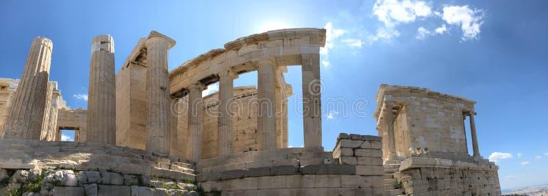 Vieilles ruines et colonnes sur la colline d'Acropole photo stock