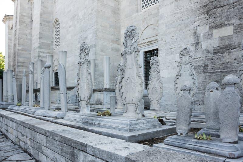Vieilles tombes en pierre photographie stock libre de droits