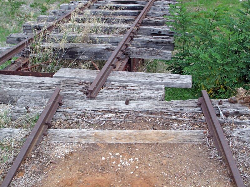 Vieilles voies de chemin de fer abandonnées photo stock