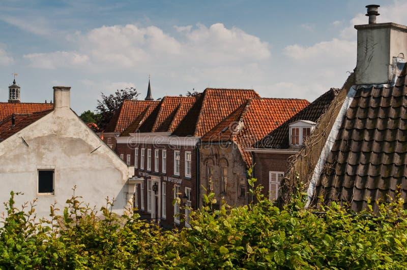 Vieja arquitectura holandesa tradicional imagen de archivo for Arquitectura holandesa