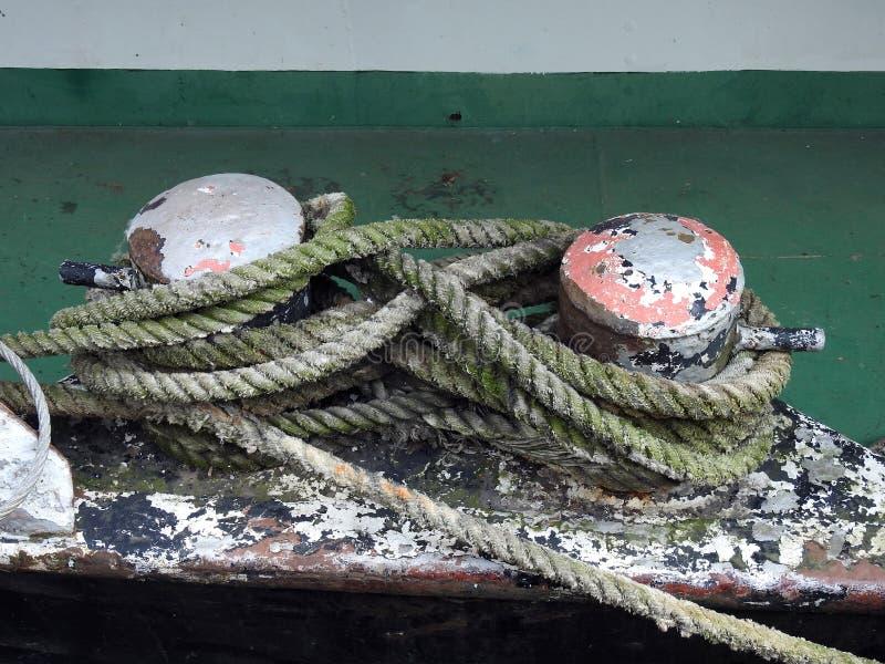 Vieja cuerda de la nave imágenes de archivo libres de regalías