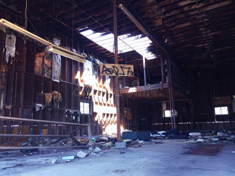 Vieja gasolinera abandonada 1 imagen de archivo libre de regalías