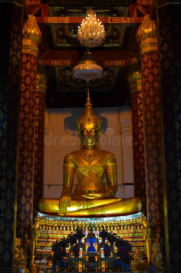 Vieja imagen de Buda foto de archivo