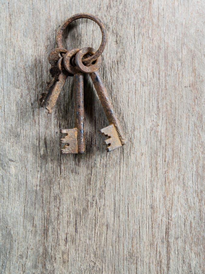 Vieja llave oxidada foto de archivo
