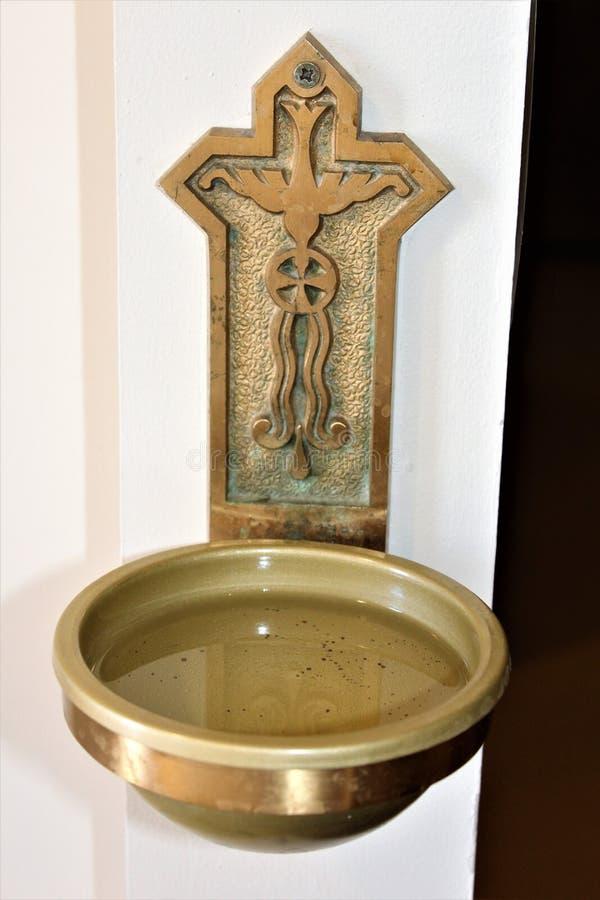 Vieja misión de Adobe, nuestra señora de la iglesia católica de la ayuda perpetua, Scottsdale, Arizona, Estados Unidos imagen de archivo libre de regalías