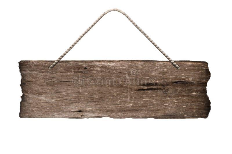 Vieja muestra de madera vacía que cuelga en una cuerda en el fondo blanco imagenes de archivo