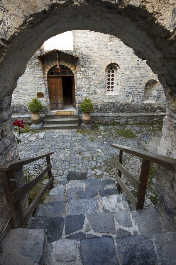 Vieja opinión del monasterio de las escaleras foto de archivo